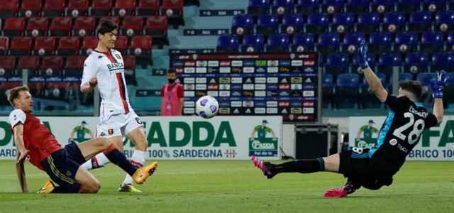 Shomurodov gol Cagliari Genoa lapresse 2021 640x300