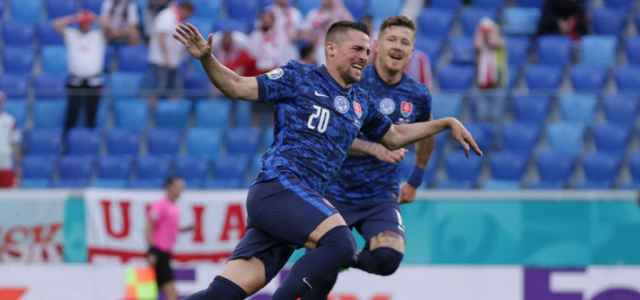 Robert Mak Slovacchia gol facebook 2021 1 640x300