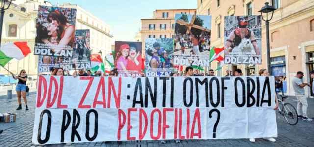 Protesta Casapound contro Ddl Zan