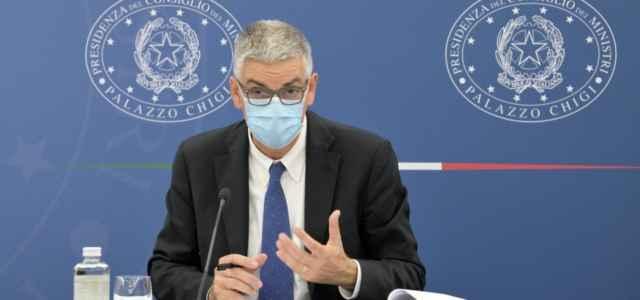 Brusaferro terza dose operatori sanitari