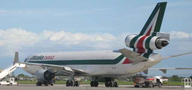 Alitalia aereo facebook 2021 1 640x300