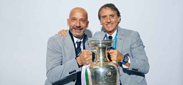 Vialli Mancini coppa Europei facebook 2021 1 640x300