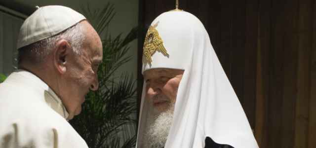 Papa con il Patriarca ortodosso