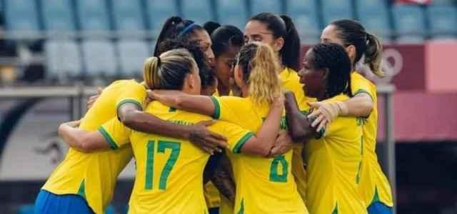 Brasile calcio femminile esultanza facebook 2021 1 640x300