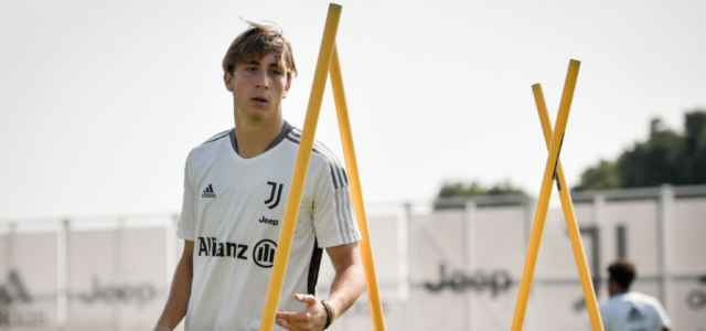 Juventus allenamento Continassa facebook 2021 640x300
