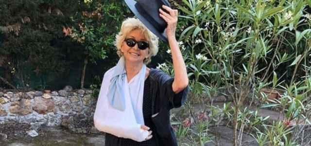 Enrica Bonaccorti braccio rotto Instagtram 640x300