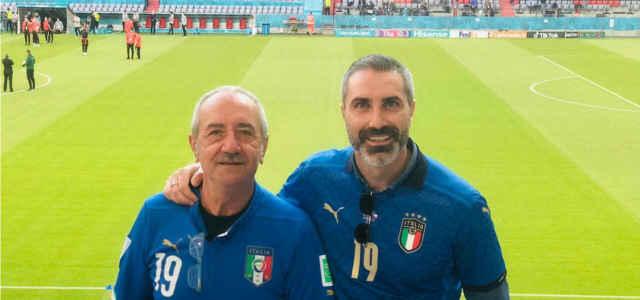 A destra, il fratello di Leonardo Riccardo Bonucci