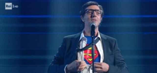 max gazze superman sanremo2021 640x300
