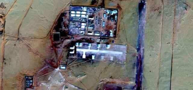 Base militare nel Sahara 640x300