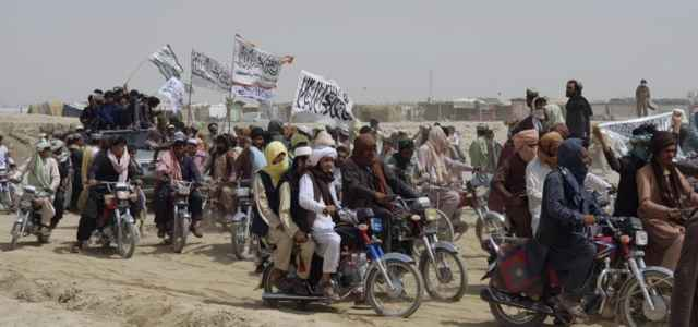 afghanistan pakistan talebani confine lapresse1280 640x300