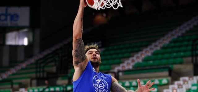 Christian Burns Brescia basket Twitter 2021 1 640x300