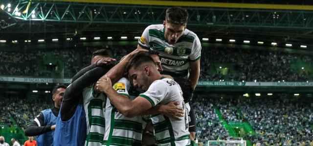 Sporting Lisbona esultanza bandierina Twitter 2021 2 640x300