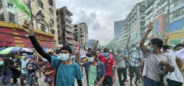 myanmar birmania protesta 1 lapresse1280 640x300