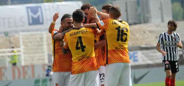 Benevento gruppo esultanza Ascoli lapresse 2021 640x300