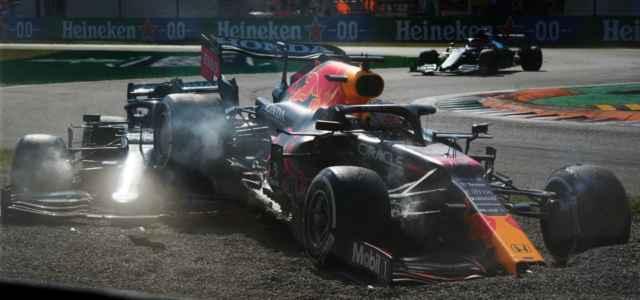 Verstappen Hamilton incidente Monza Formula 1 lapresse 2021 640x300