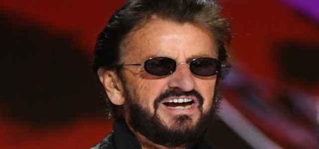 Come Ringo Starr sembra cosi giovane a 80 anni 640x300