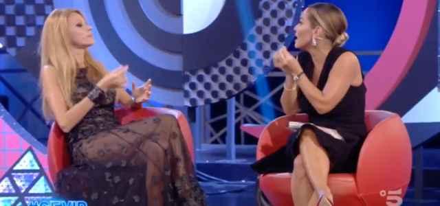 Sonia Bruganelli contro Adriana Volpe