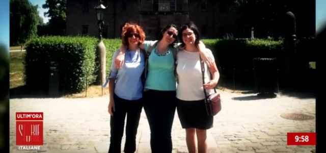 Laura Ziliani con le figlie 640x300